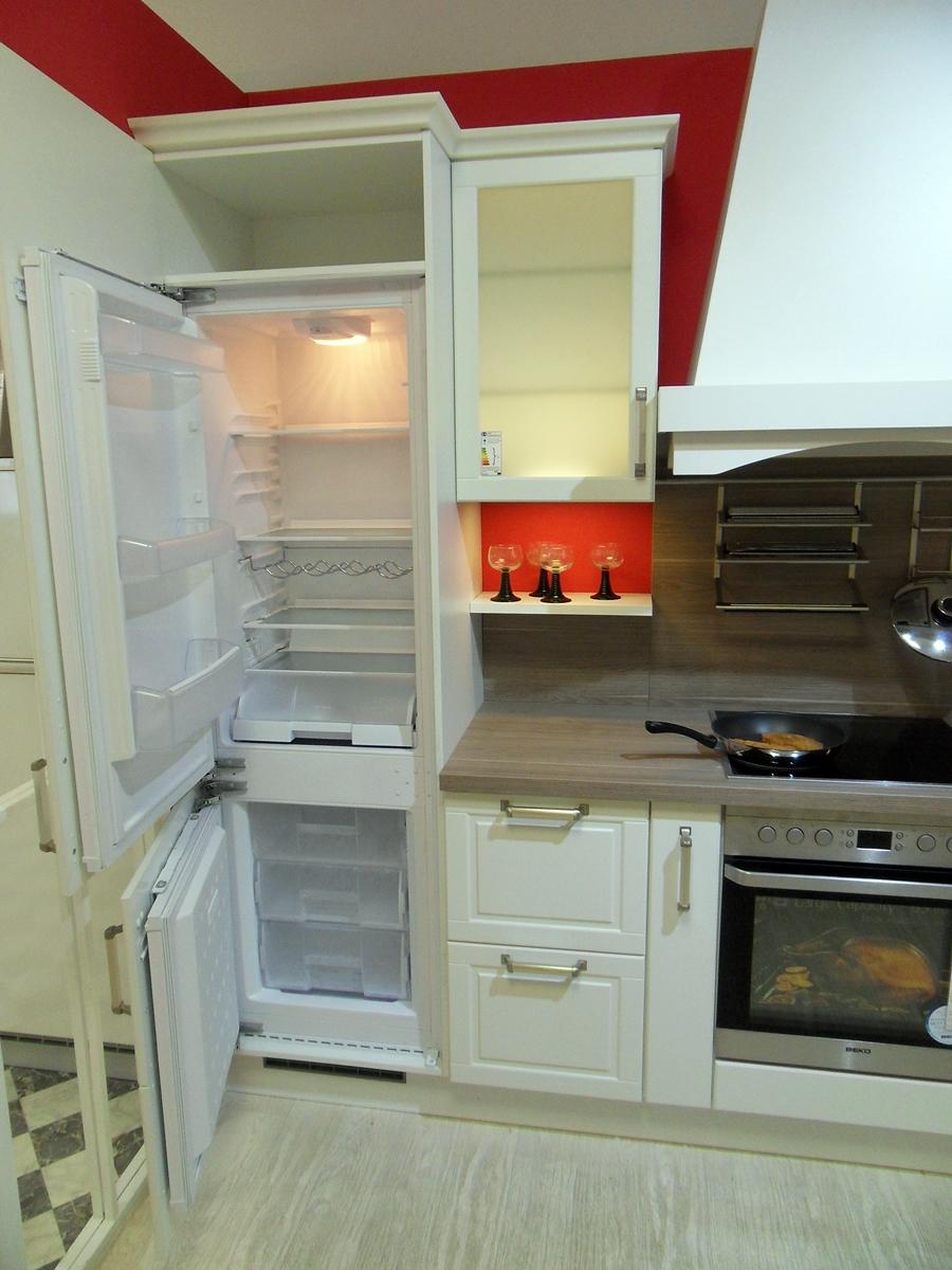 burger einbauk che insel k chen silbernagel. Black Bedroom Furniture Sets. Home Design Ideas
